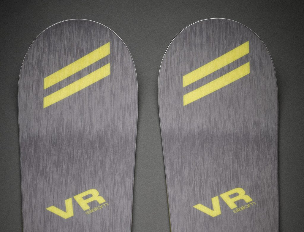 Dynamic - VR Slalom ski - front photo of the skis