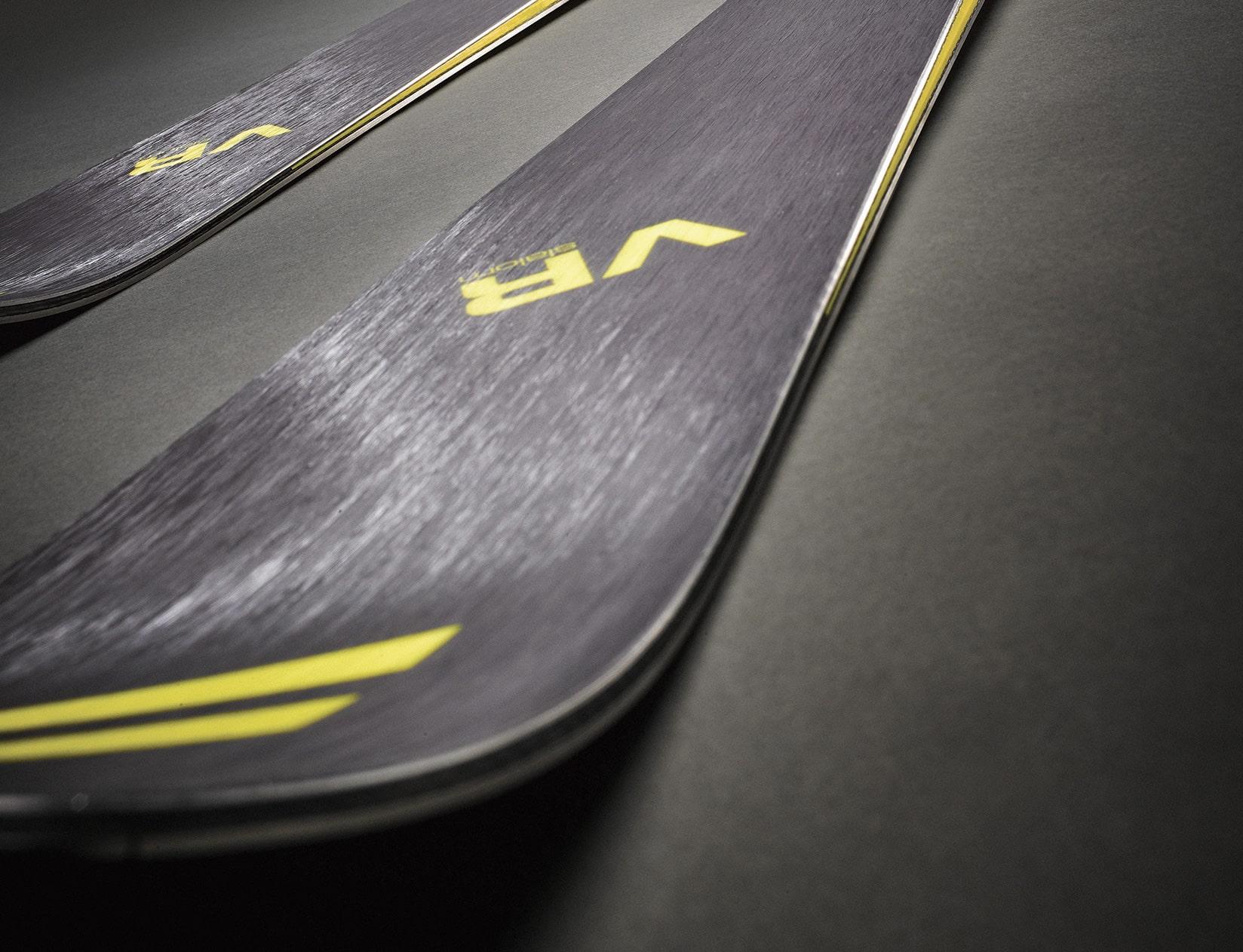 Dynamic - ski VR Slalom - photo ambiance des skis